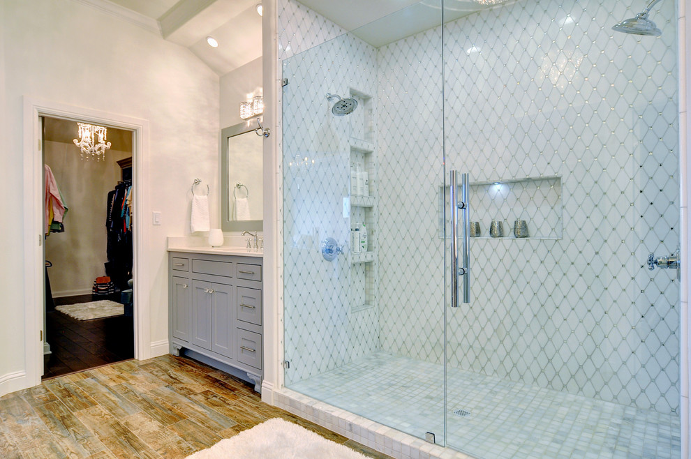 Coutohomes.com luxury hotel-style bathroom