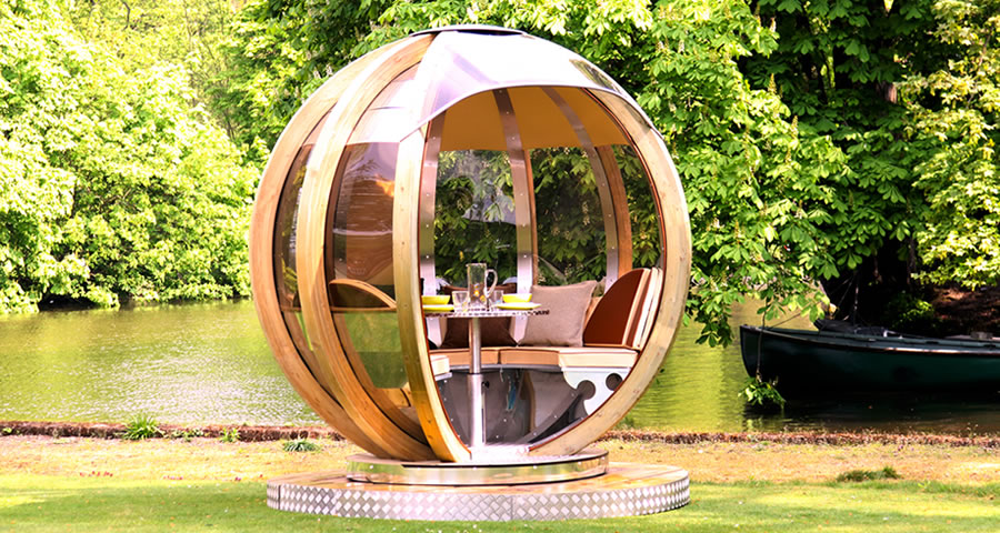 Outdoor living: Rotating pod