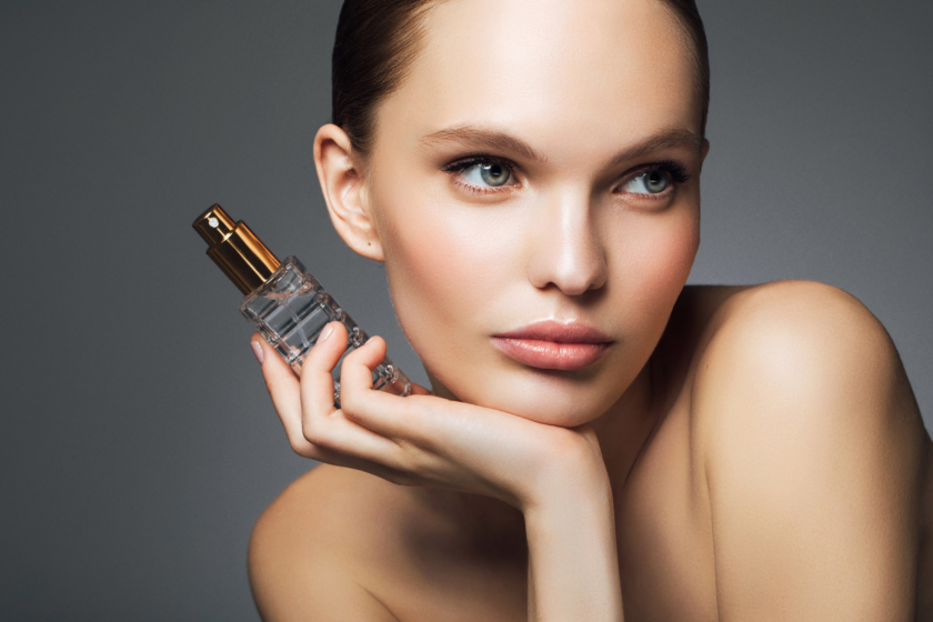Summer perfumes: Beautiful woman