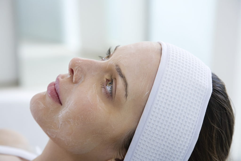 dull skin Woman having chemical peel