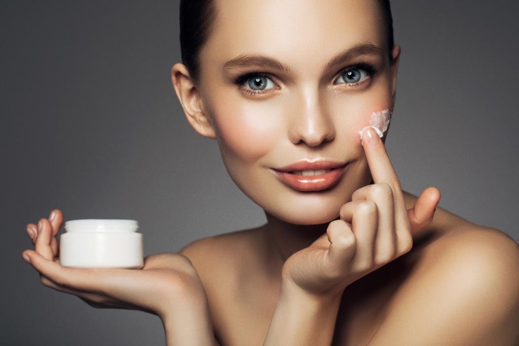 Christmas beauty tips moisturising