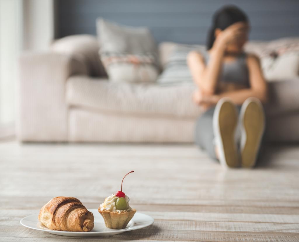 eating disorders girl declining cak