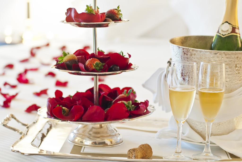 romantic dinner Champagne