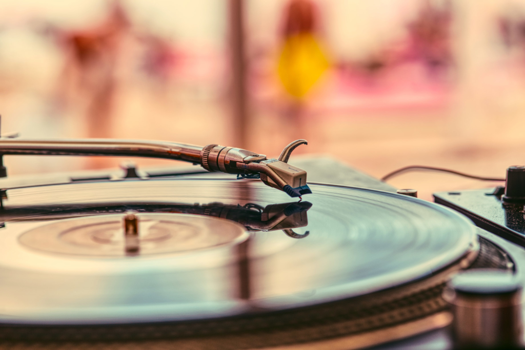romantic dinner record player