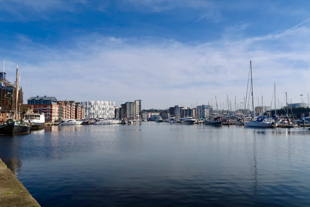 Ipswich marina Waterfront bar bistro view