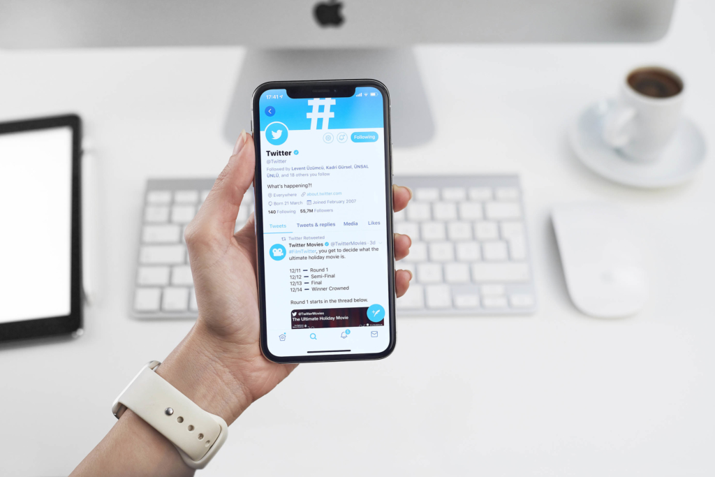 How to use Twitter on your iphone