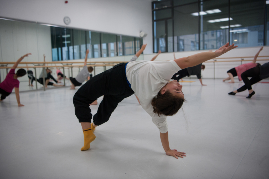 Contemporary dance class Photo by Chris Nash DanceEast