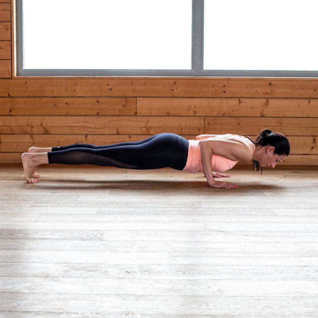 Kalm Pilates plank position